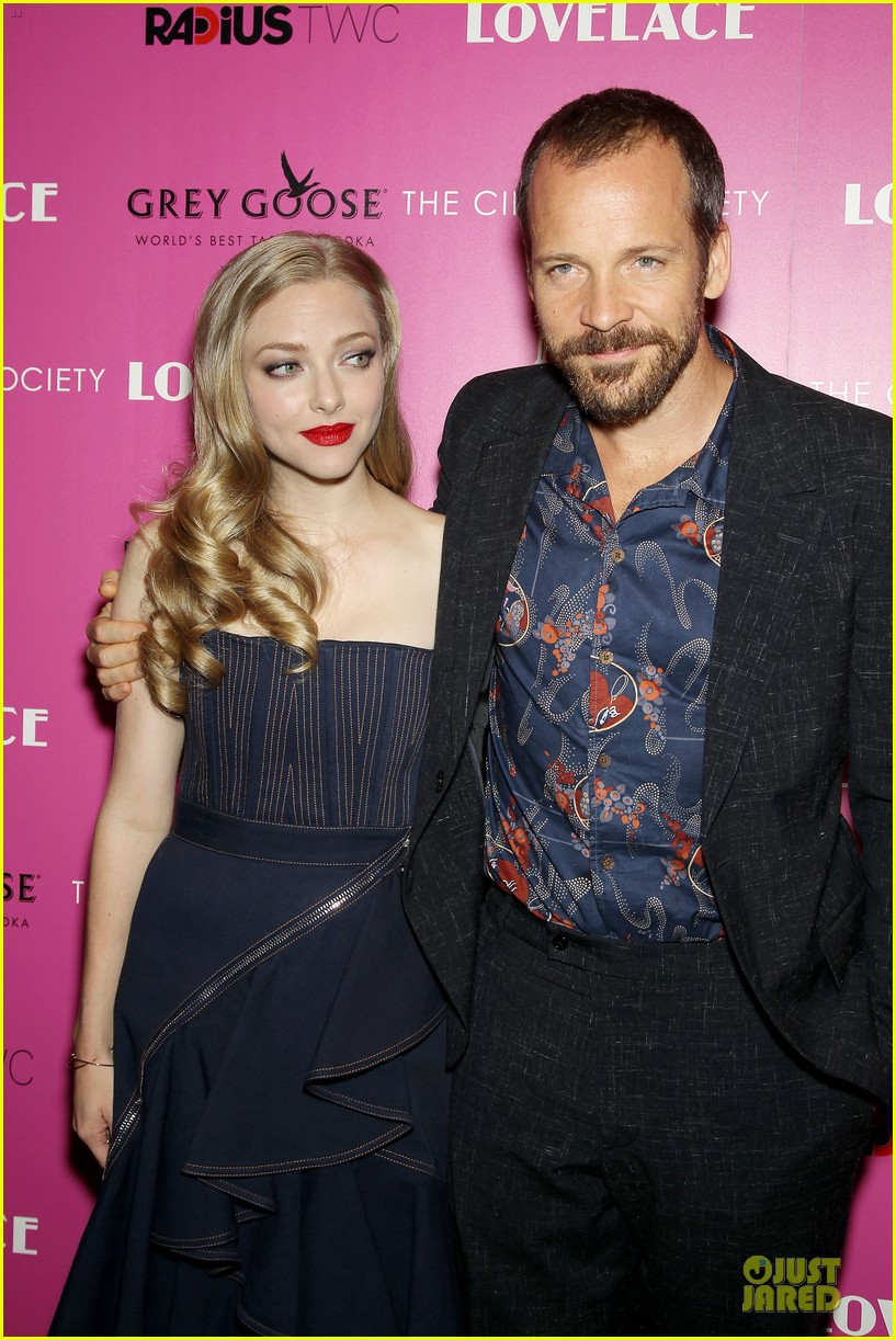 amanda seyfried peter sarsgaard lovelace nyc screening 022920443