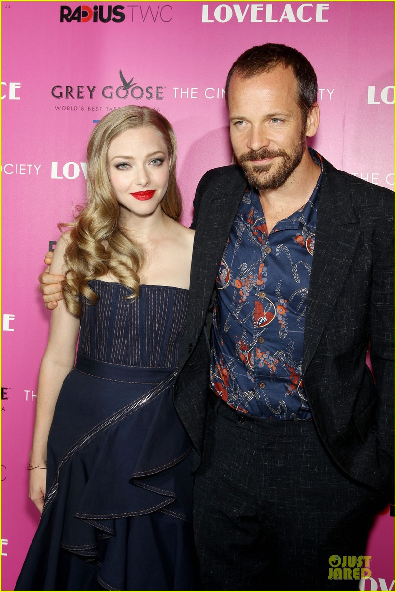 amanda seyfried peter sarsgaard lovelace nyc screening 092920450