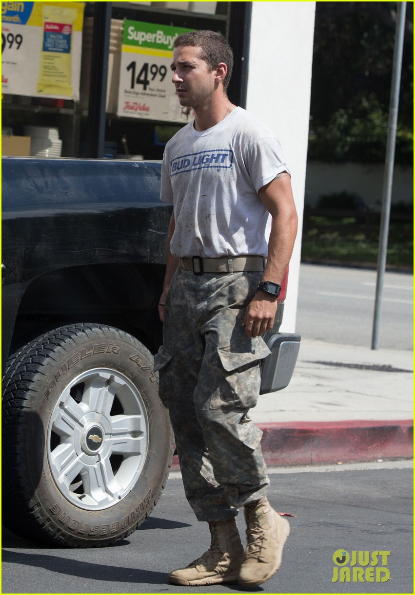 shia labeouf wears same outfit for third time in one week 16