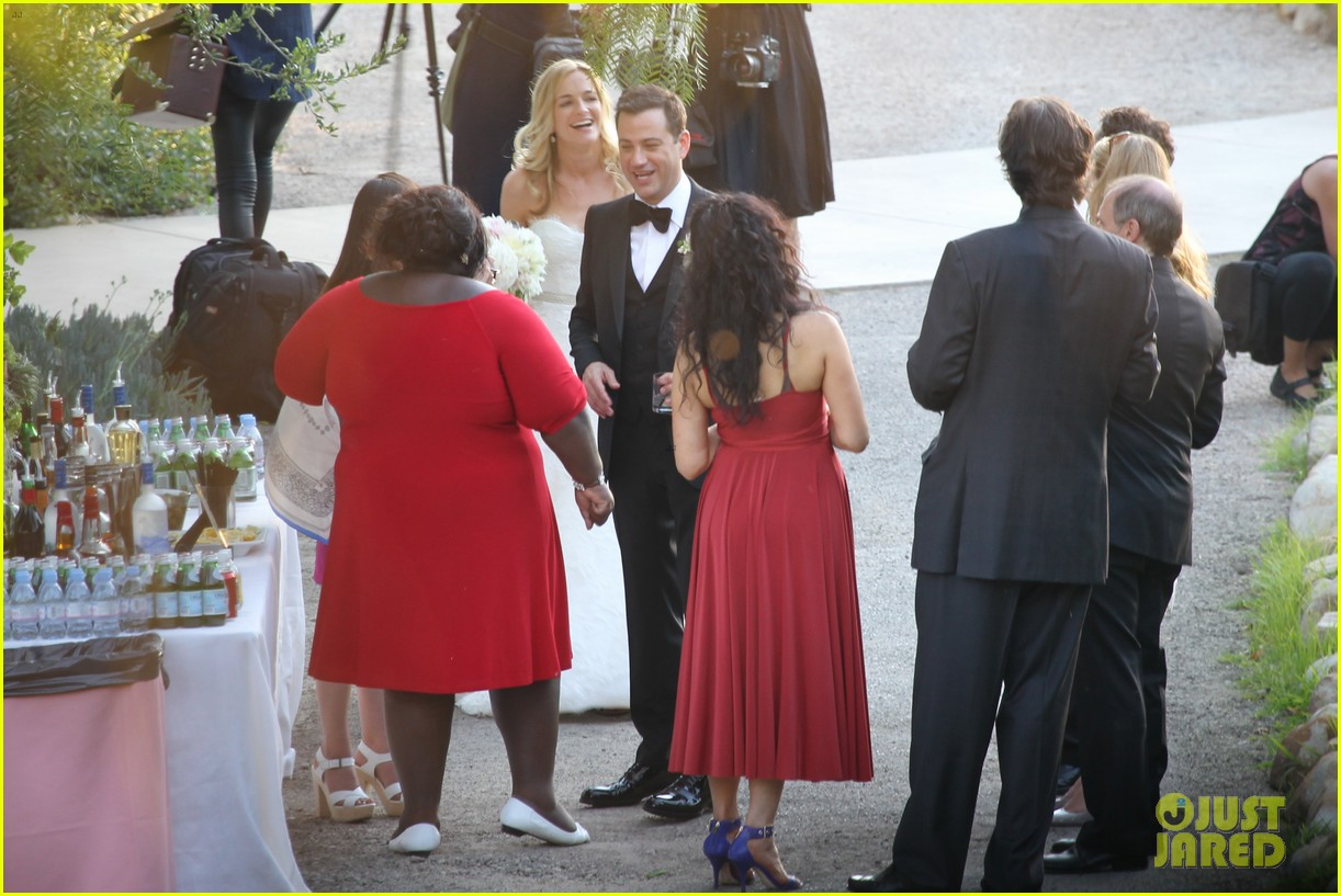 gabourey sidibe wears bridal gown to jimmy kimmel wedding 08