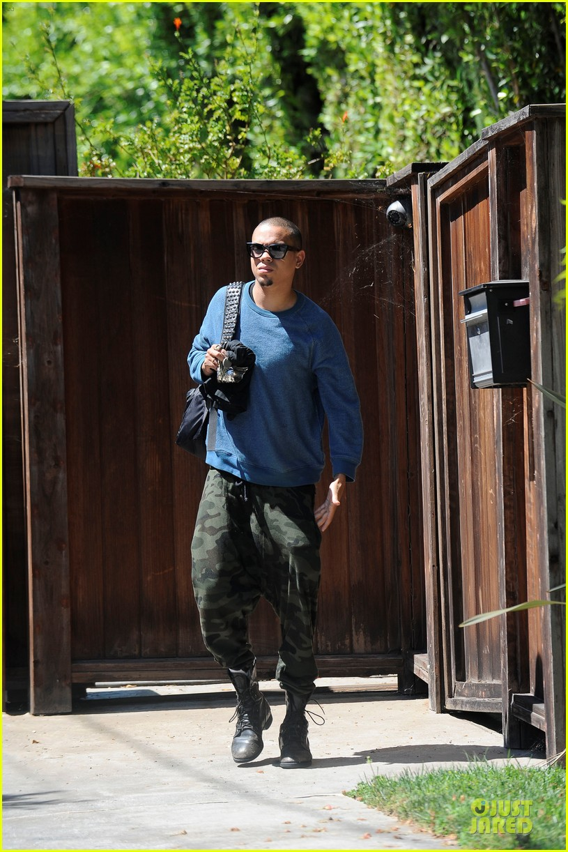 evan ross camouflages ashlee simpson house 052906258