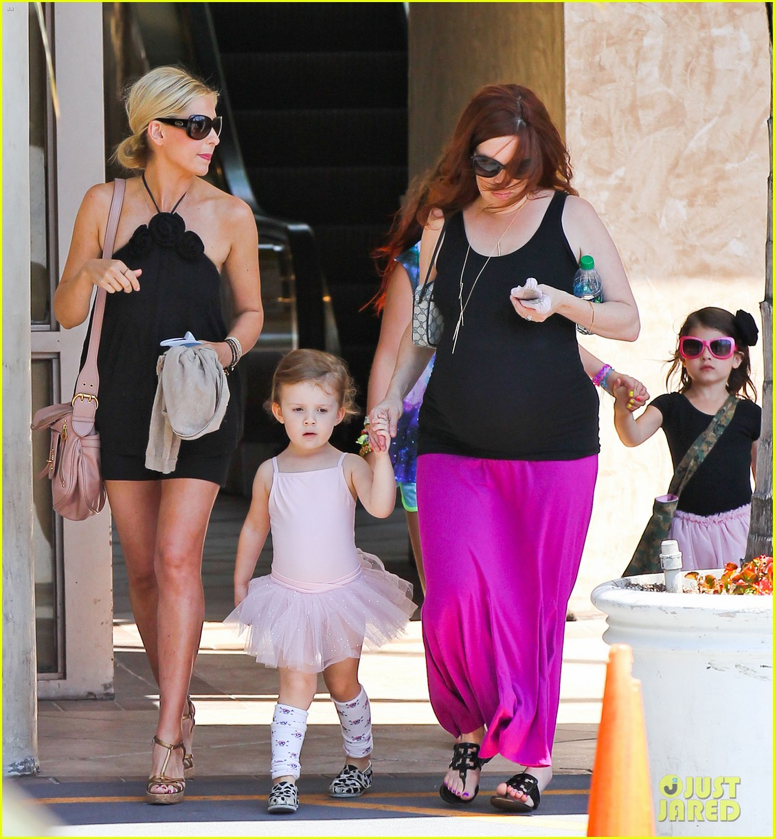 sarah michelle gellar ballet class pick up with charlotte 032918796