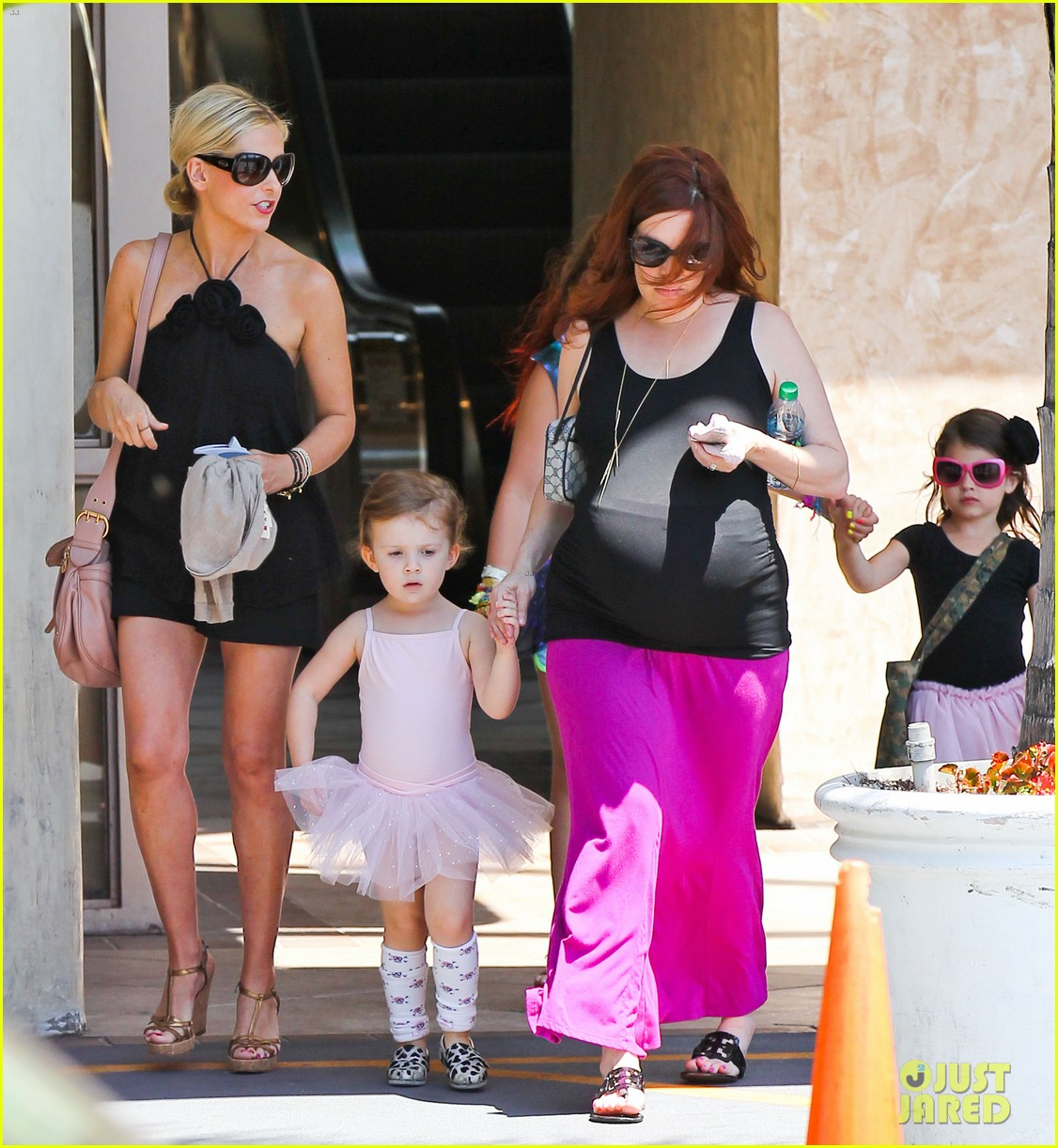 sarah michelle gellar ballet class pick up with charlotte 122918805