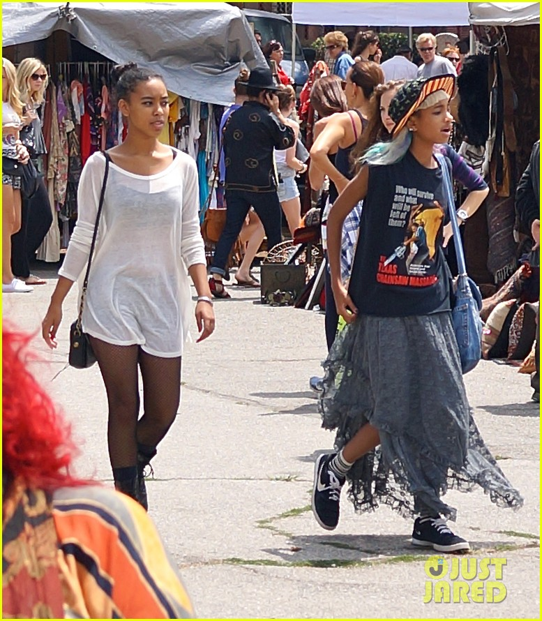 willow smith searches flea market for great finds 04