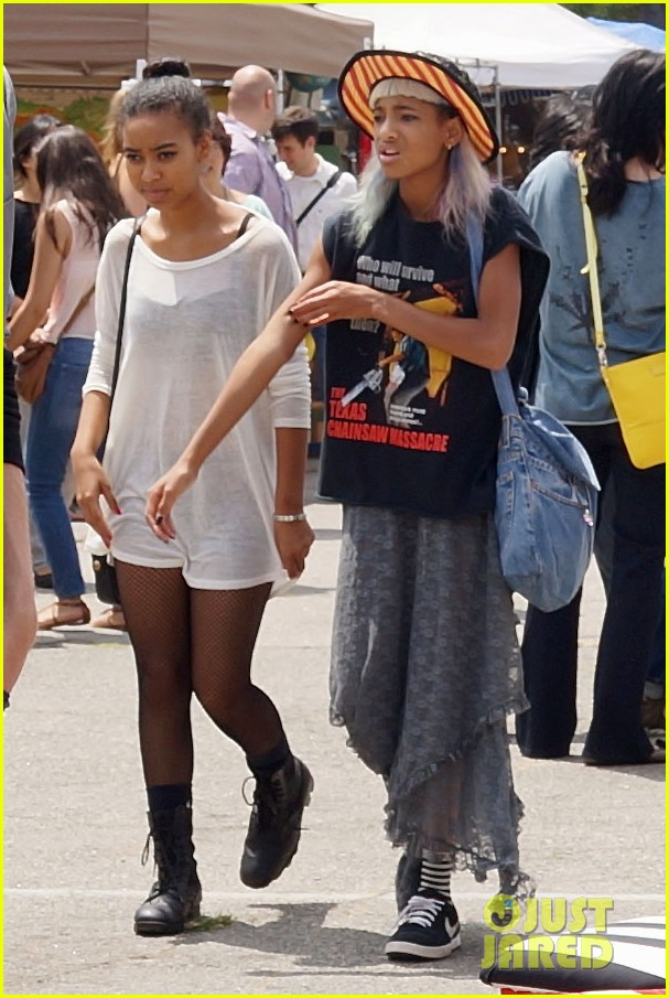 willow smith searches flea market for great finds 082919167