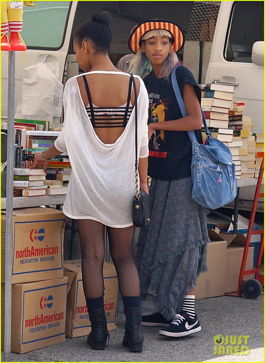 willow smith searches flea market for great finds 102919169