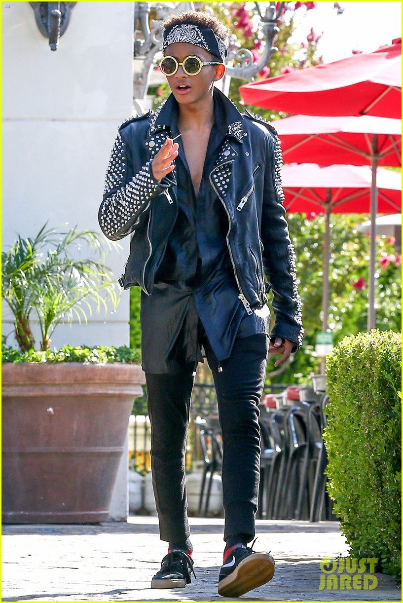 jaden smith rocker chic outfit for sugarfish dinner 012908768