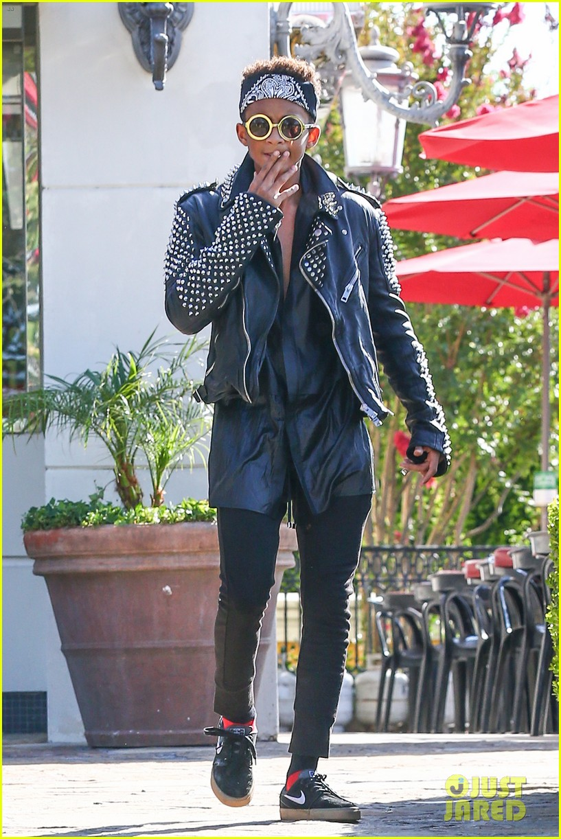 jaden smith rocker chic outfit for sugarfish dinner 042908771