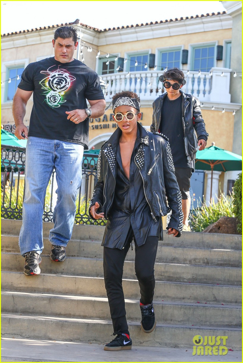 jaden smith rocker chic outfit for sugarfish dinner 062908773