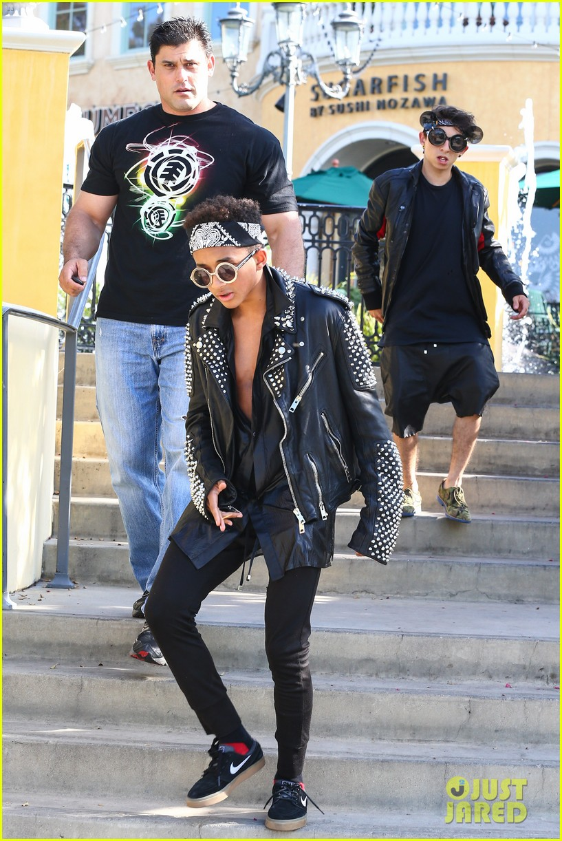 jaden smith rocker chic outfit for sugarfish dinner 102908777