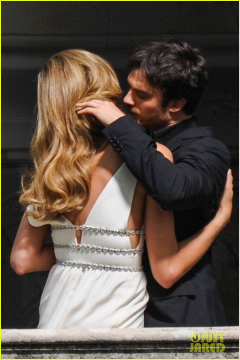 ian somerhalder gets steamy with brazilian model 032903327