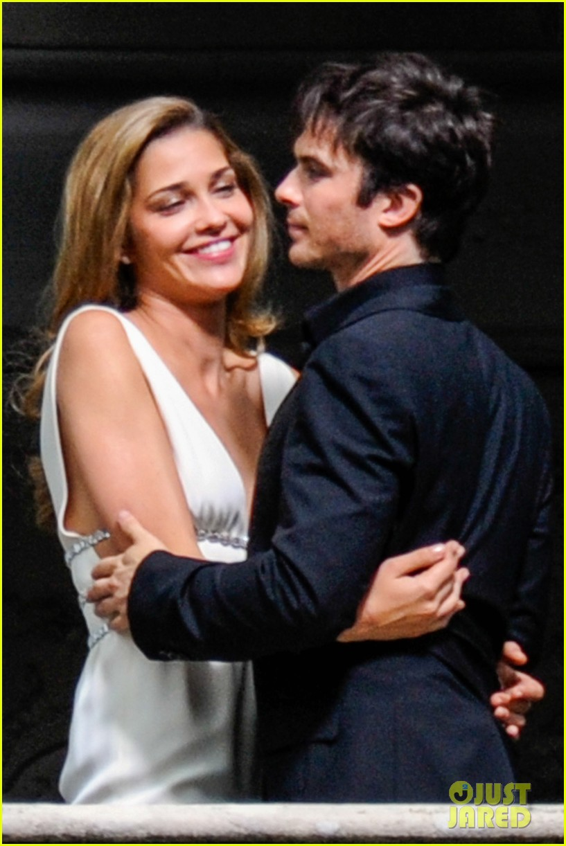 ian somerhalder gets steamy with brazilian model 082903332