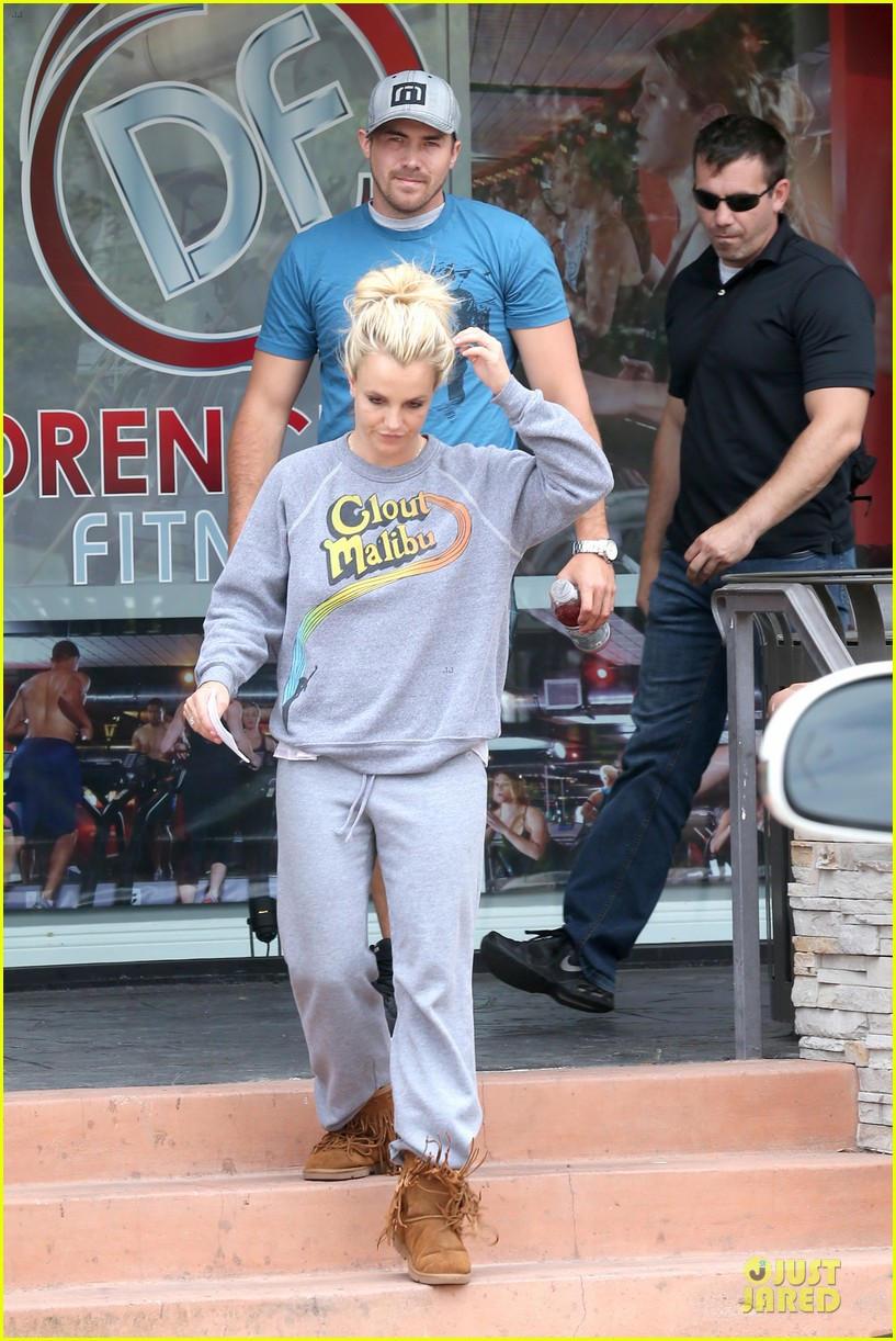 britney spears errands after movies with the boys 252914119