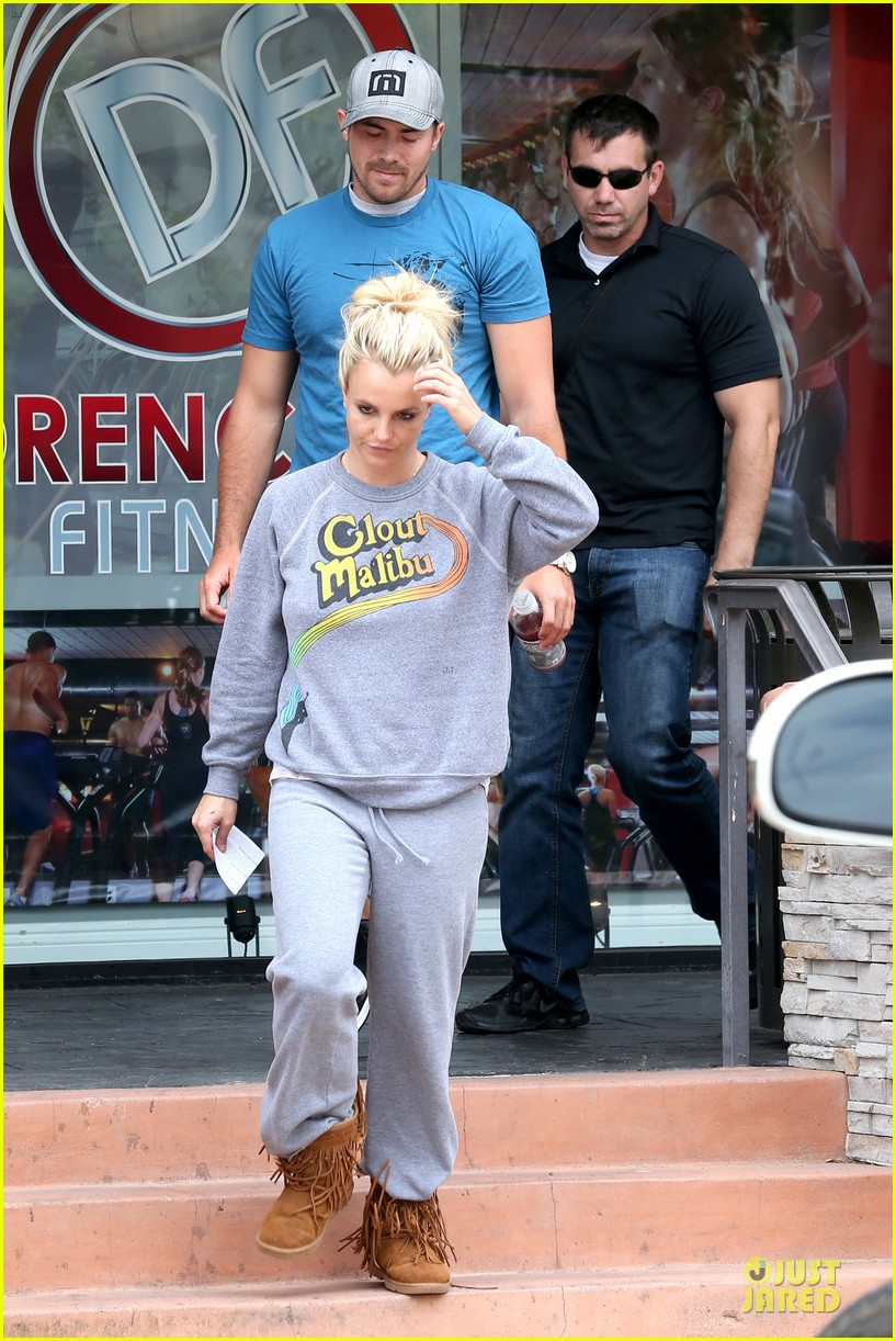 britney spears errands after movies with the boys 272914121