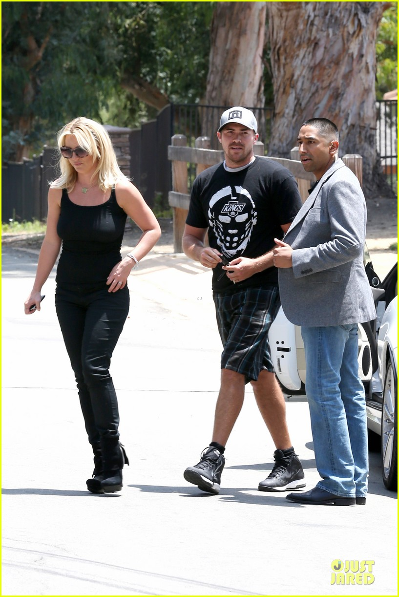 britney spears david lucado napa tavern lunch date 08