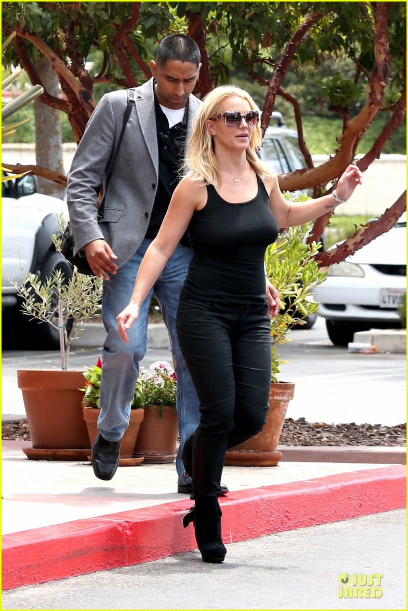 britney spears david lucado napa tavern lunch date 142914750