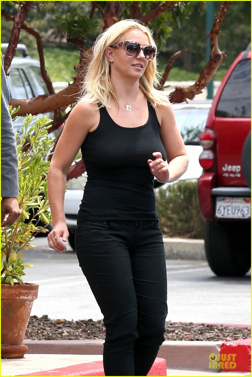 britney spears david lucado napa tavern lunch date 162914752