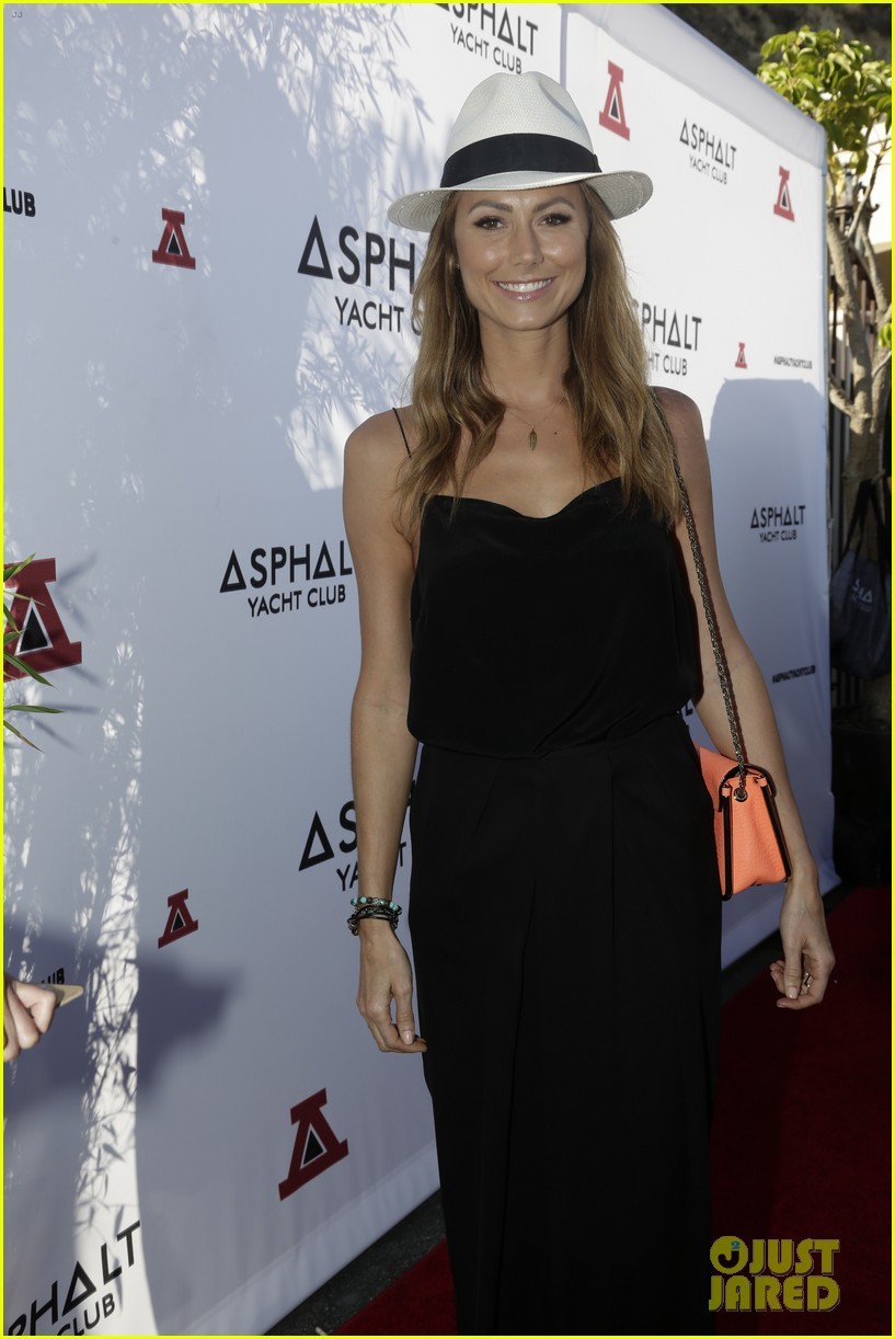 stacy keibler ryan phillippe asphalt yacht club party 062918761