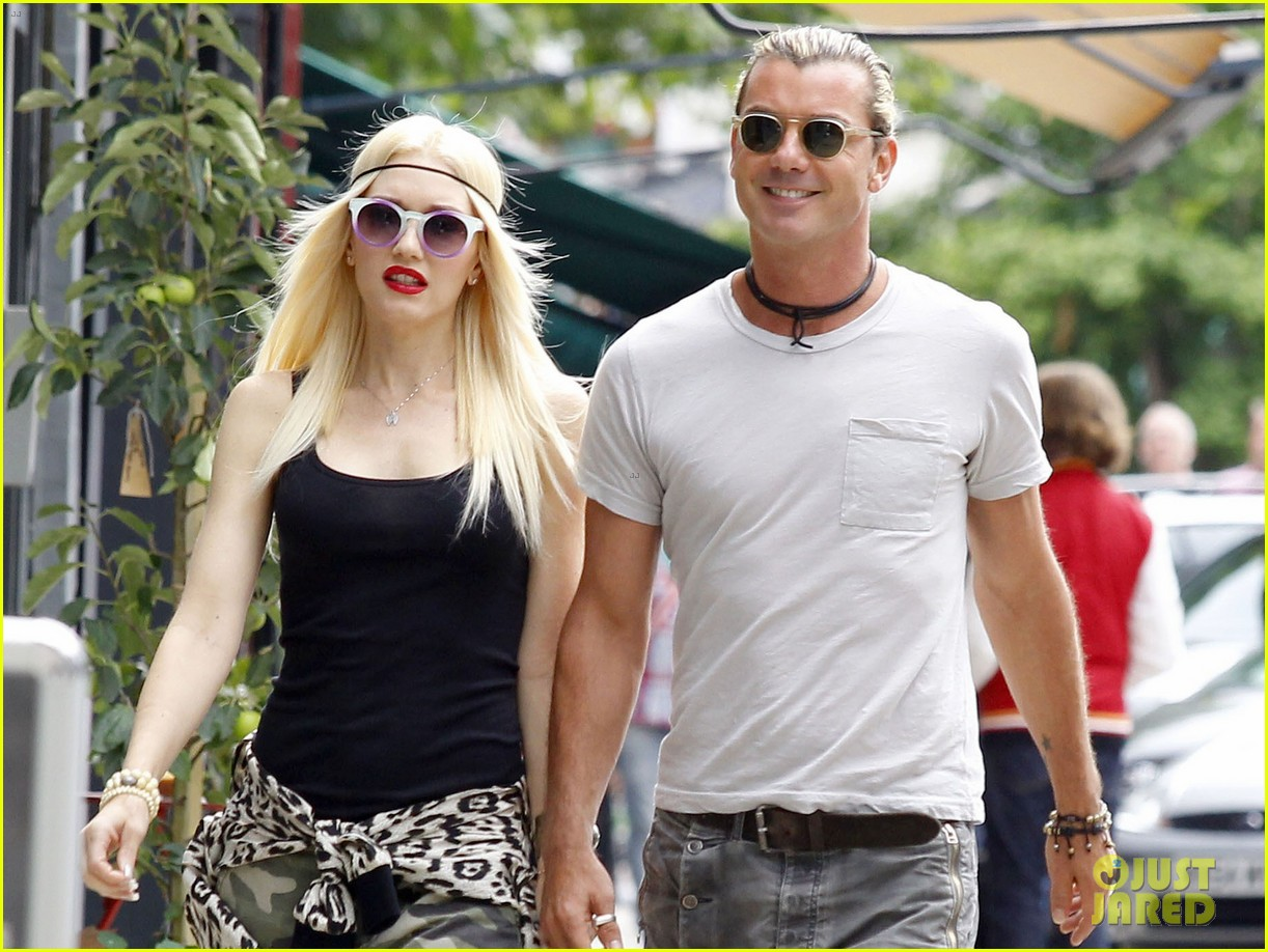 gwen stefani gavin rossdale roam london with the boys 042919425