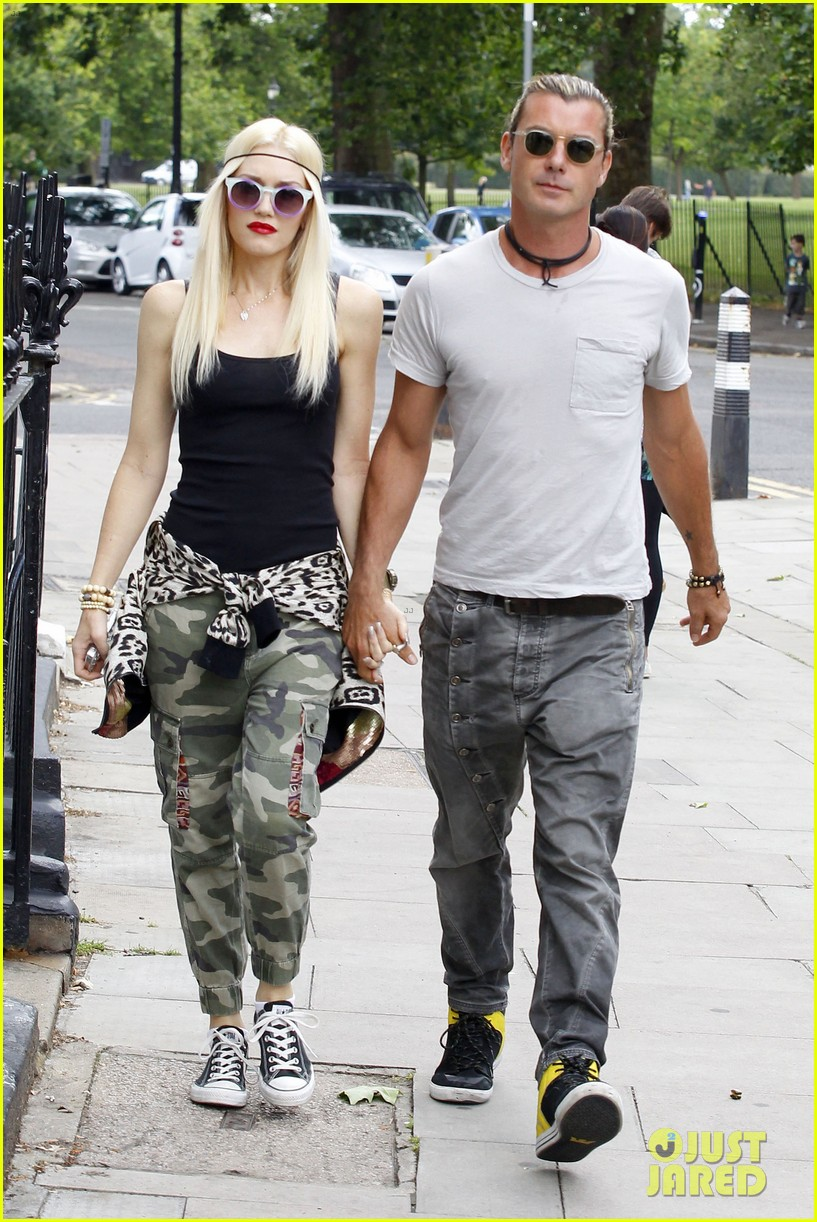 gwen stefani gavin rossdale roam london with the boys 192919440