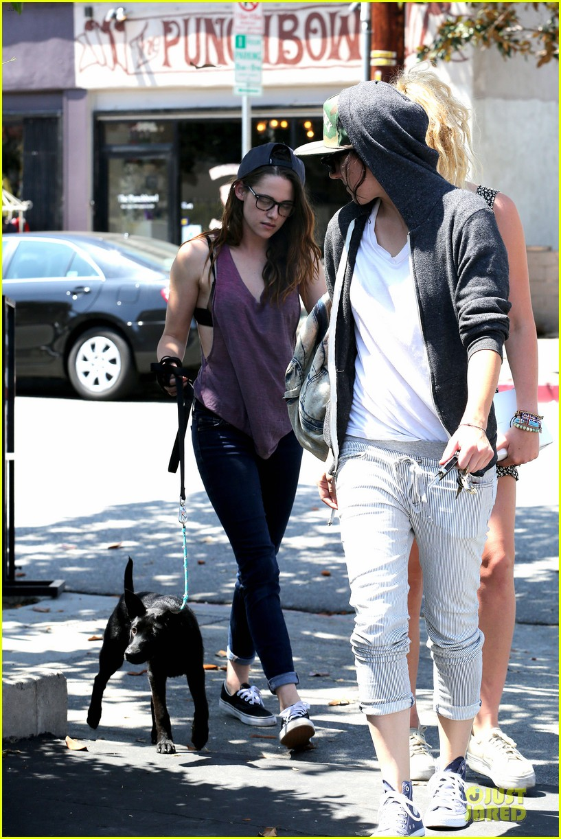 kristen stewart bra revealing walk with new puppy 052920413