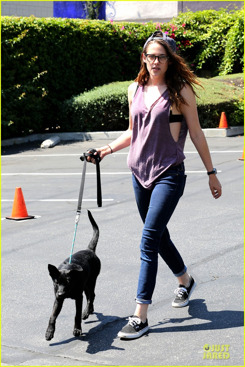 kristen stewart bra revealing walk with new puppy 072920415
