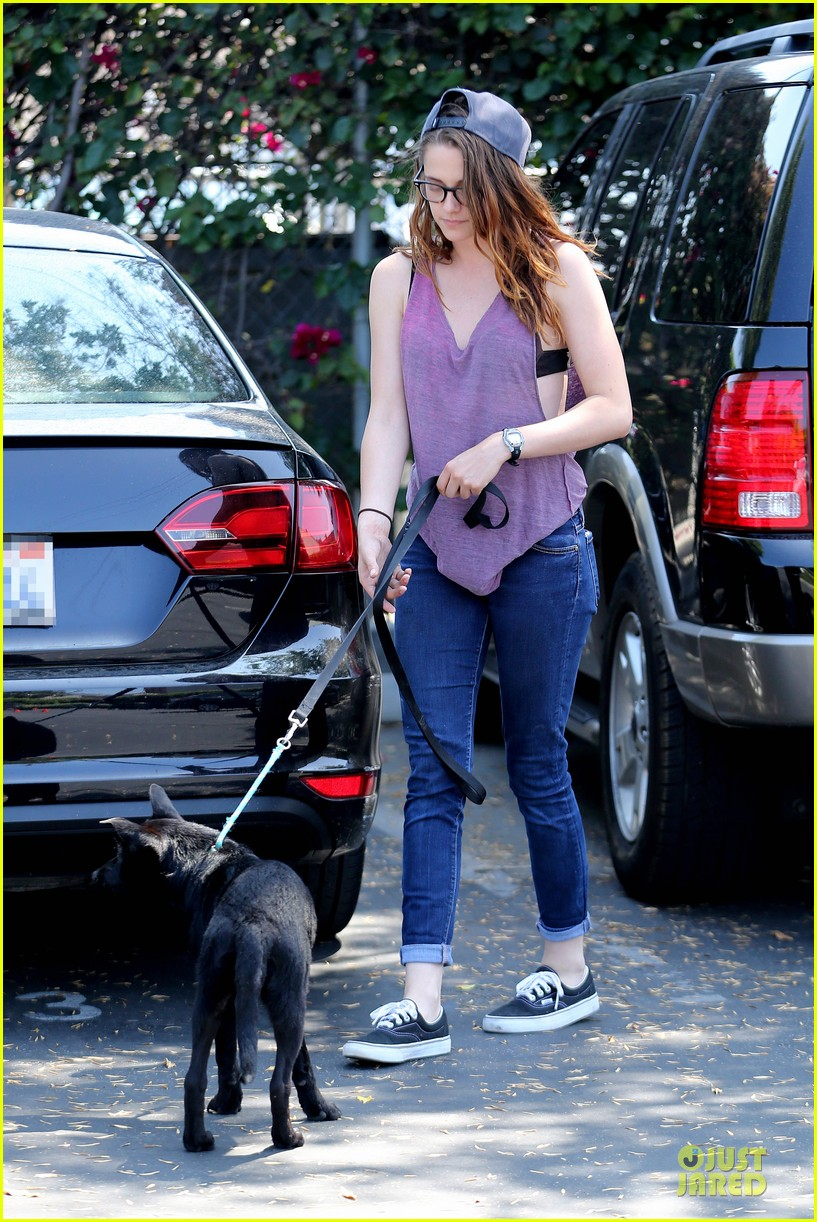 kristen stewart bra revealing walk with new puppy 282920436