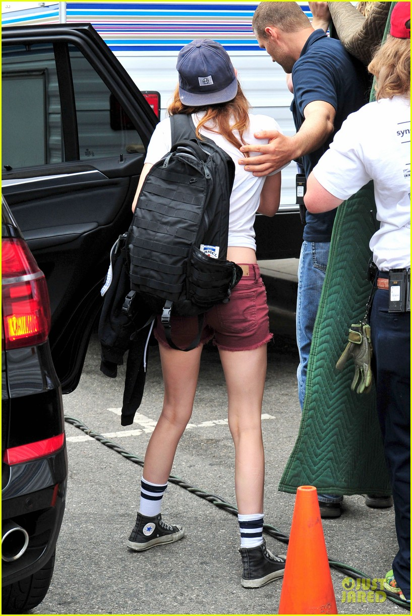 kristen stewart snacks coconut water for camp x ray set 052912863