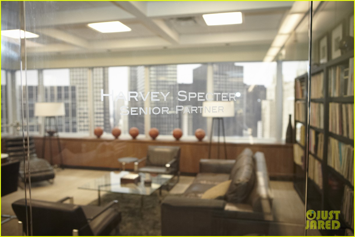 suits season 3 10 things to know from just jared set visit 052907957