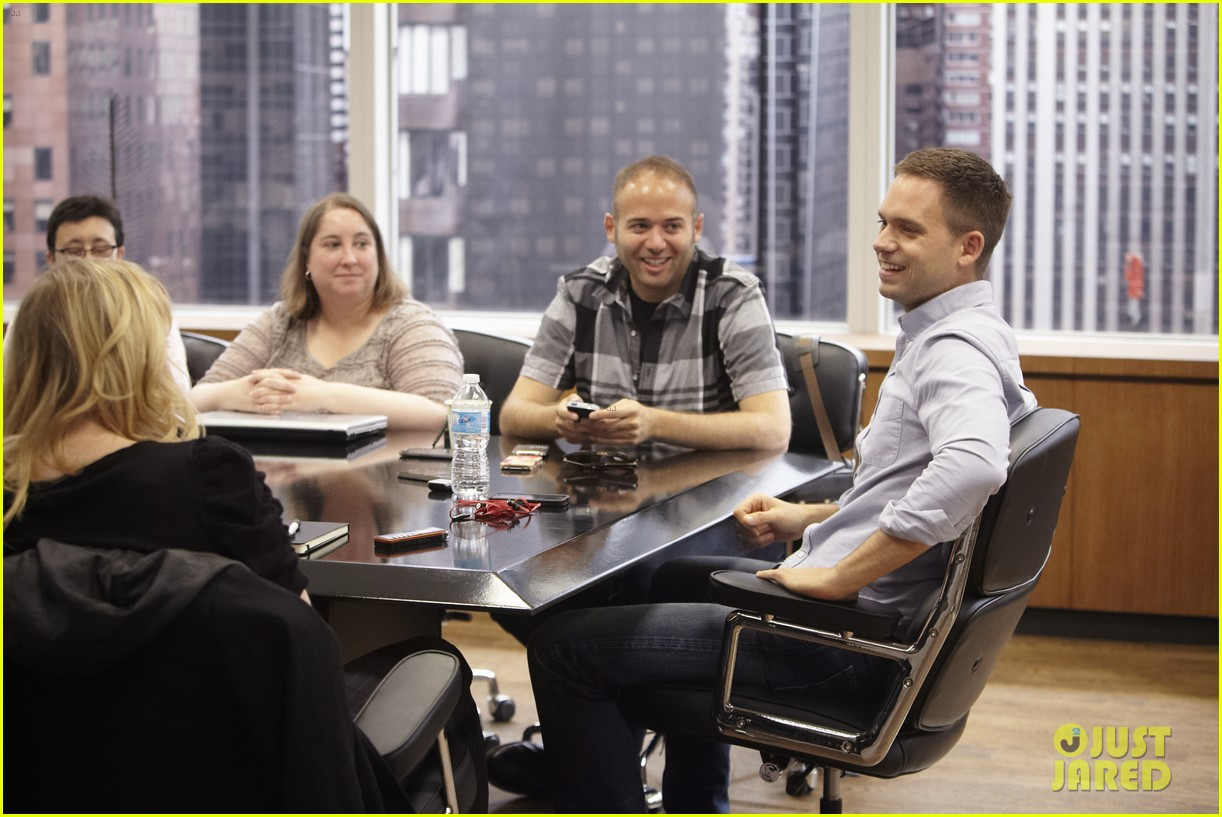 suits season 3 10 things to know from just jared set visit 072907959