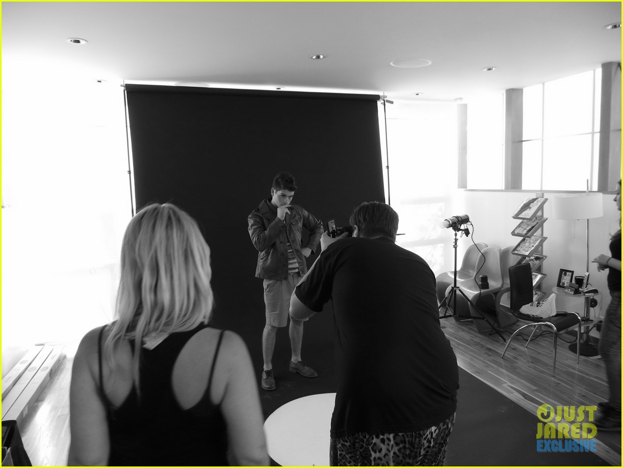 gregg sulkin jj spotlight of the week exclusive behind the scenes pics 072921110