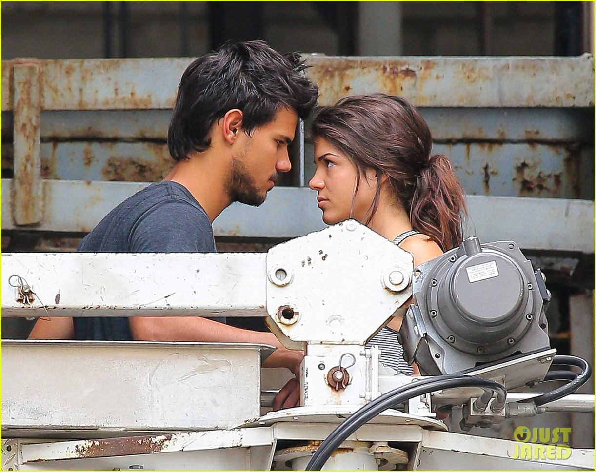 taylor lautner marie avgeropoulos tracers romance 022918672