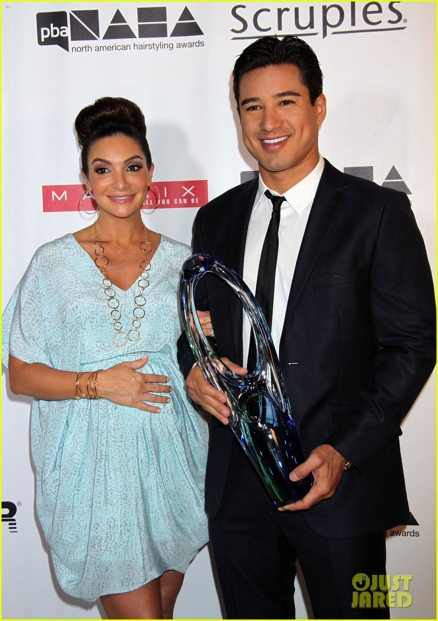 dita von teese mario lopez north american hairstyling awards 122909708