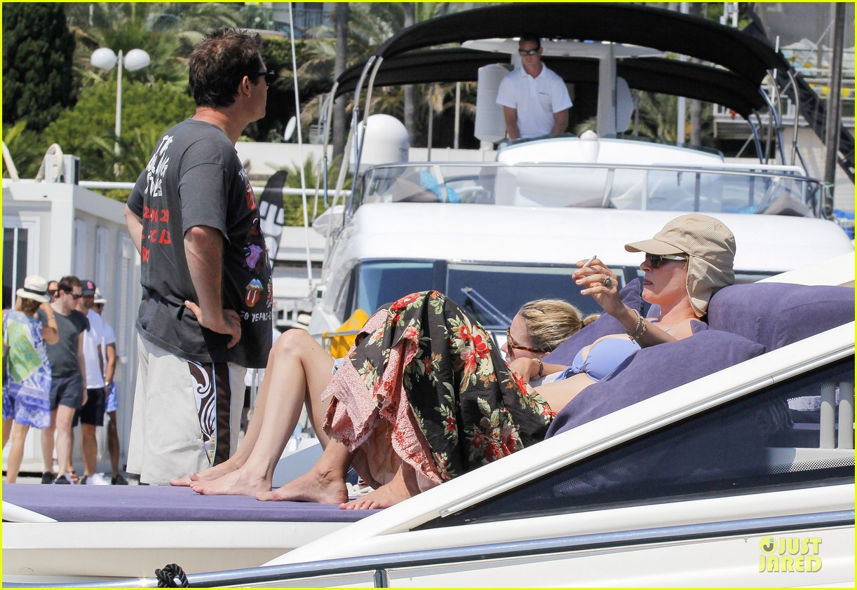 uma thurman bikini music boat ride 092906208