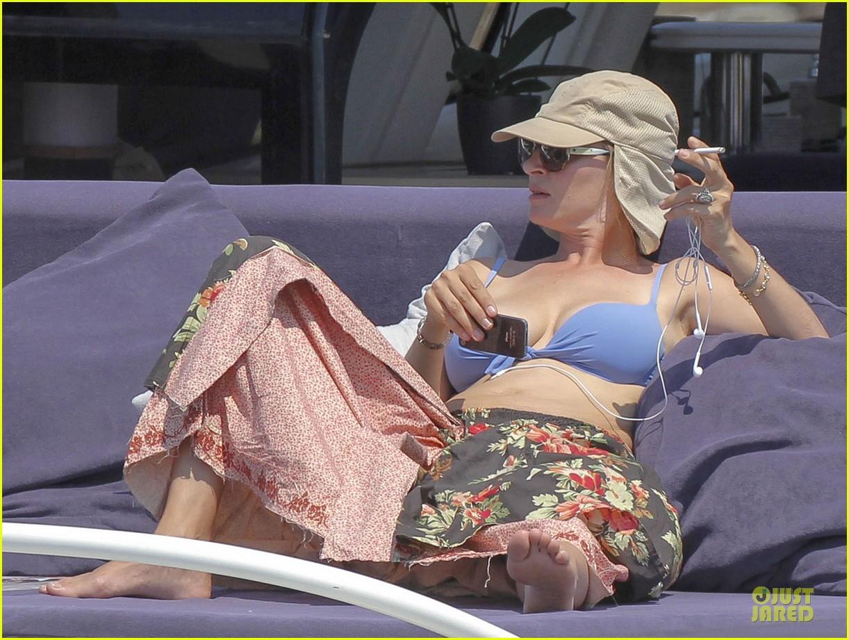 uma thurman bikini music boat ride 142906213
