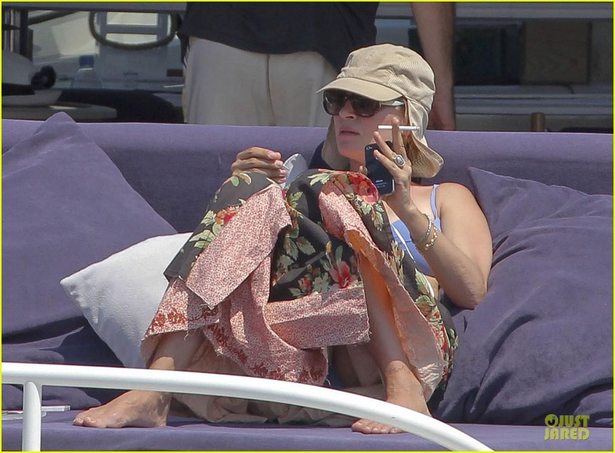 Uma Thurman Bikini Music Boat Ride Photo 2906217