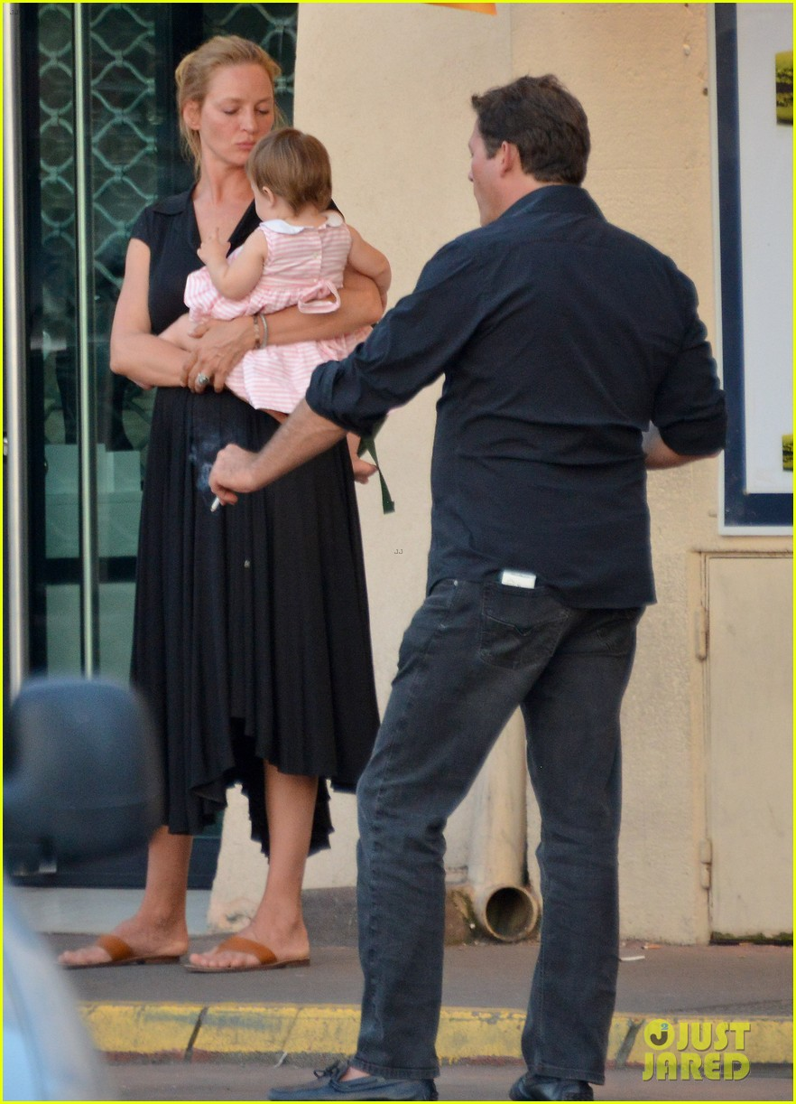 uma thurman saint tropez trip with arpad busson kids 082904880