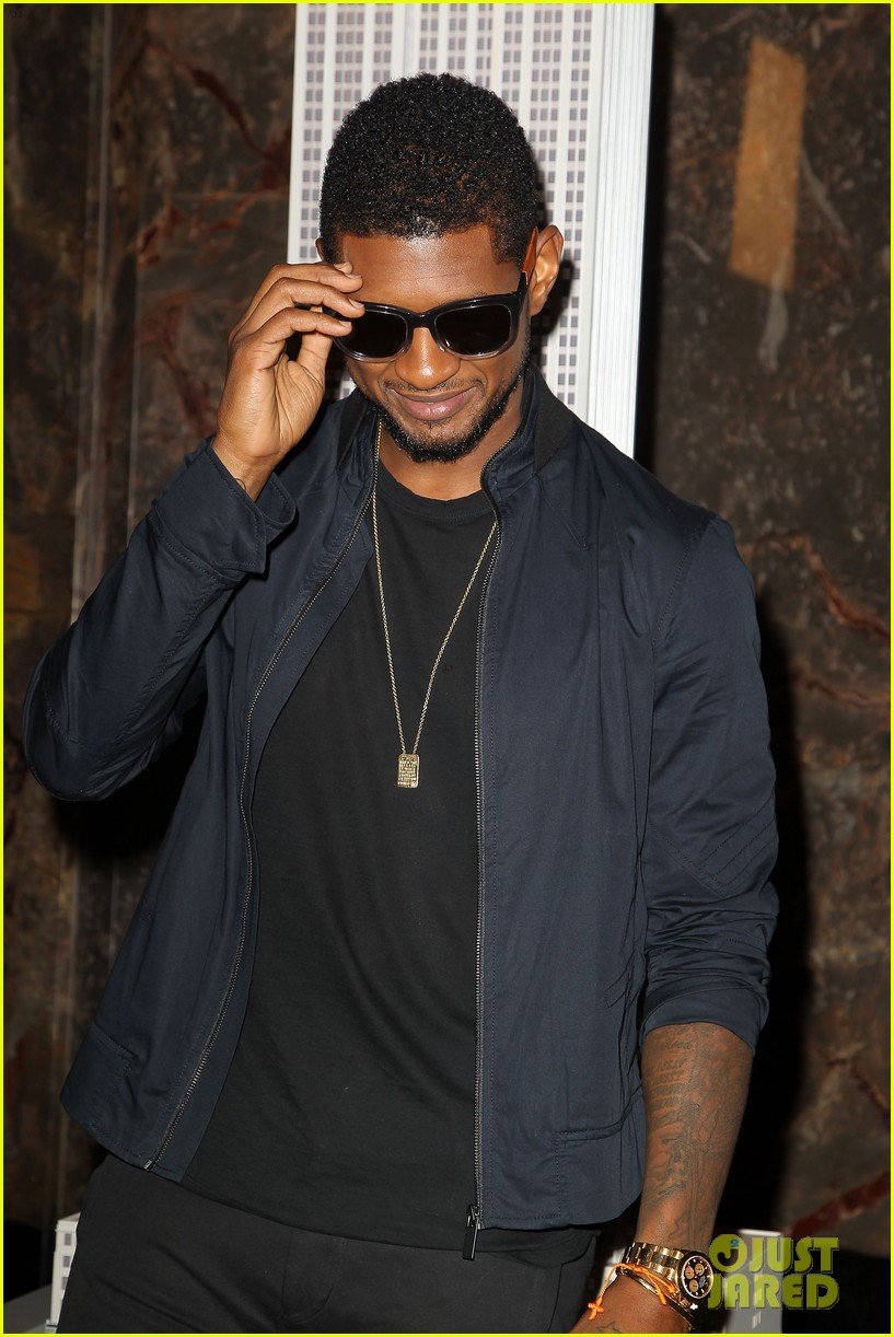 usher lights empire state building before 4th of july fireworks 132903732