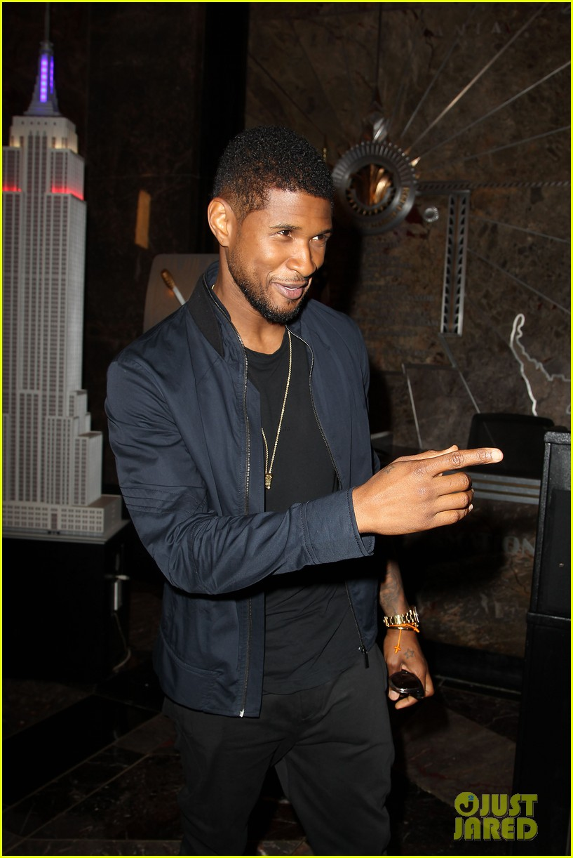 usher lights empire state building before 4th of july fireworks 19