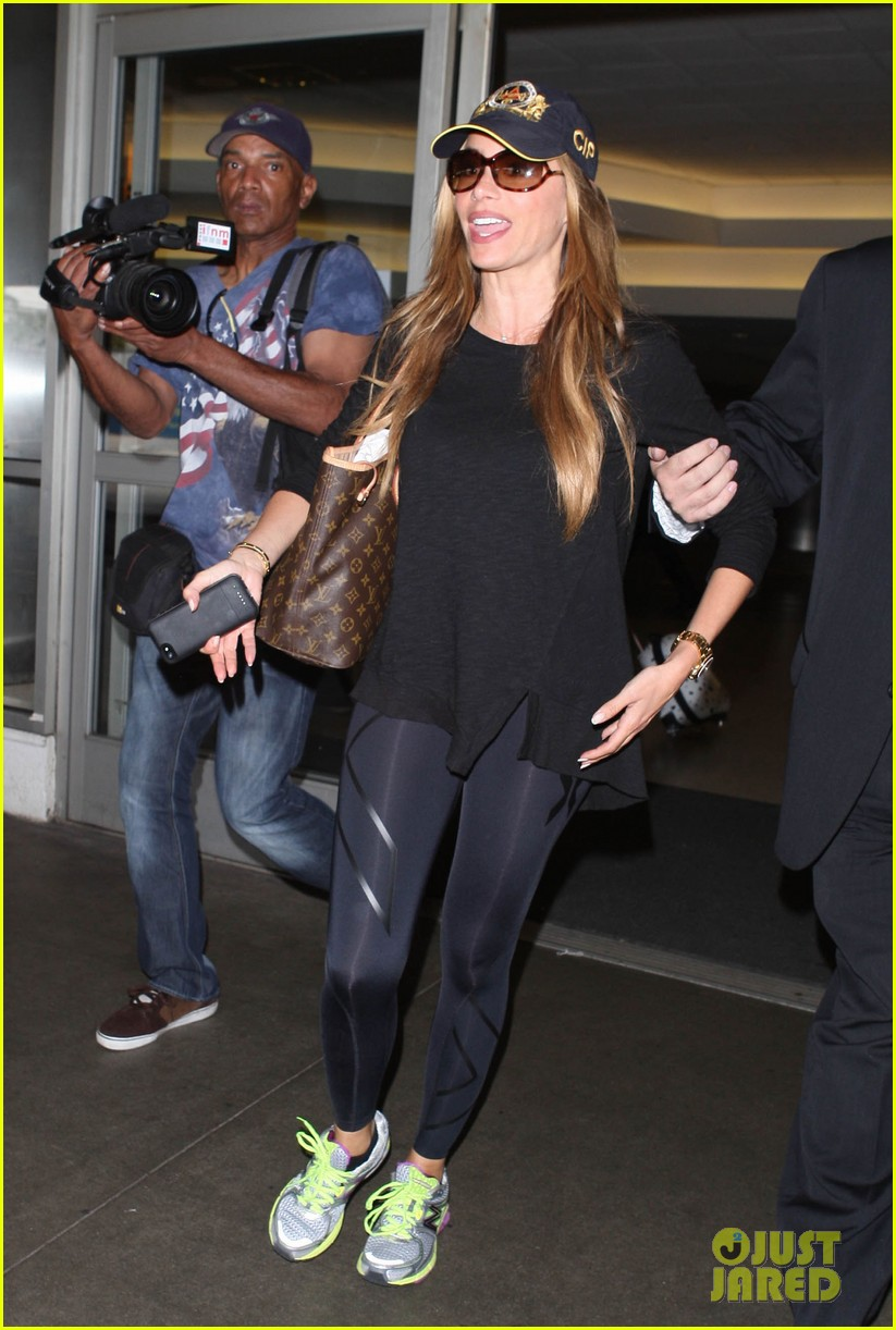 sofia vergara says goodbye to vacation hello to work 05