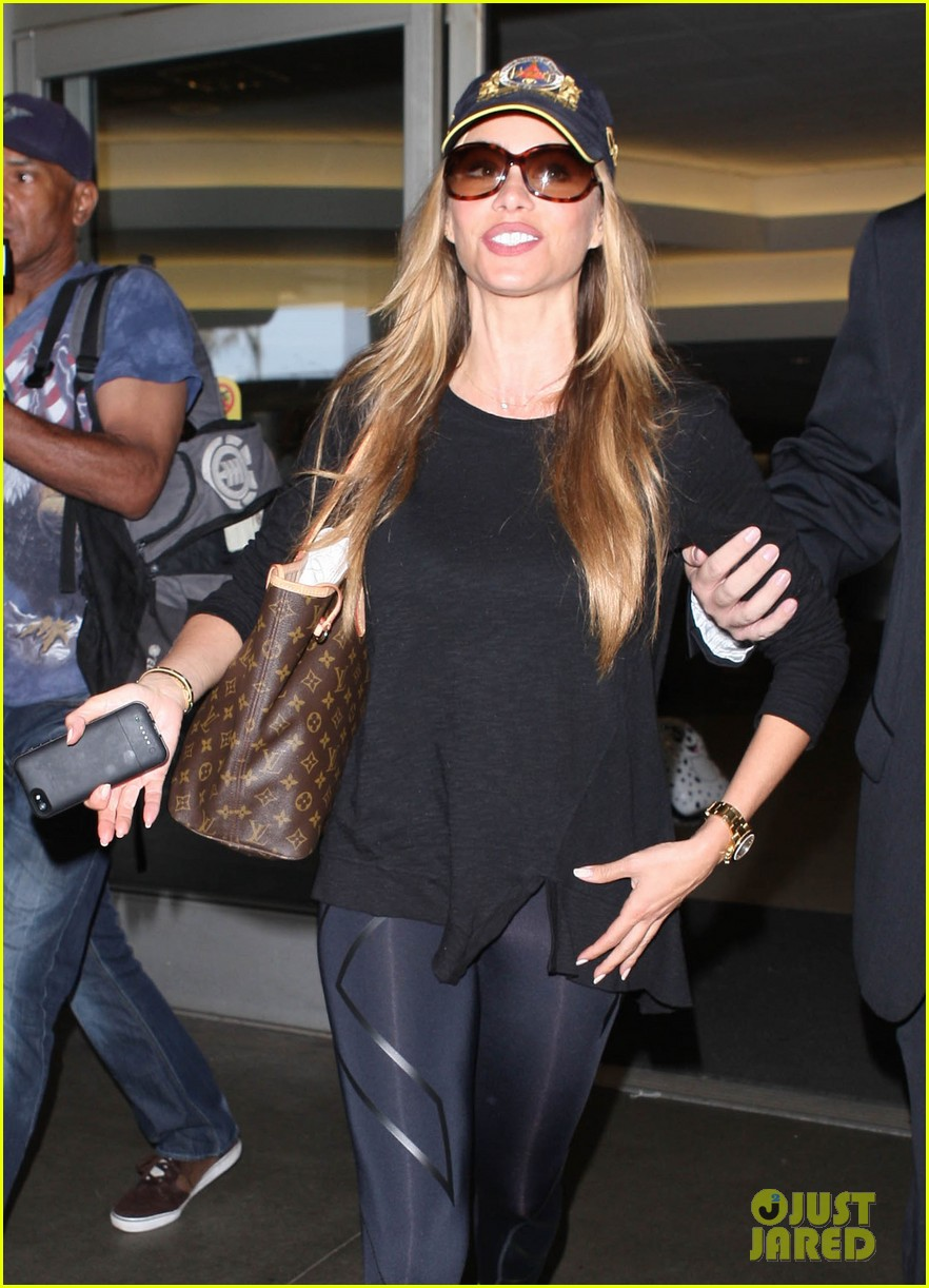 sofia vergara says goodbye to vacation hello to work 10