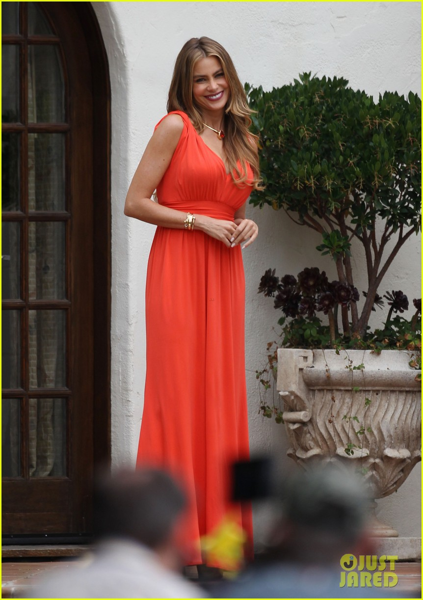 sofia vergara works with a smile on her birthday 062908390