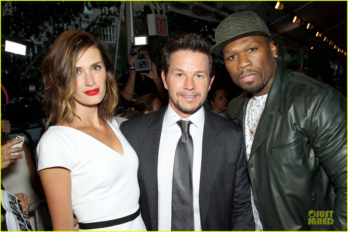 mark wahlberg denzel washington 2 guns nyc premiere 14