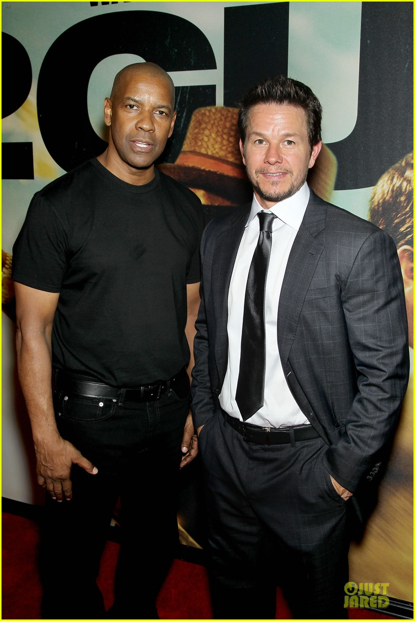 mark wahlberg denzel washington 2 guns nyc premiere 16