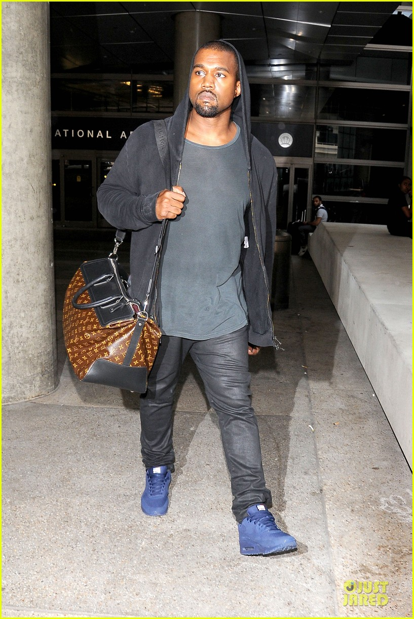 kanye west felony suspect after lax photographer scuffle 072912588