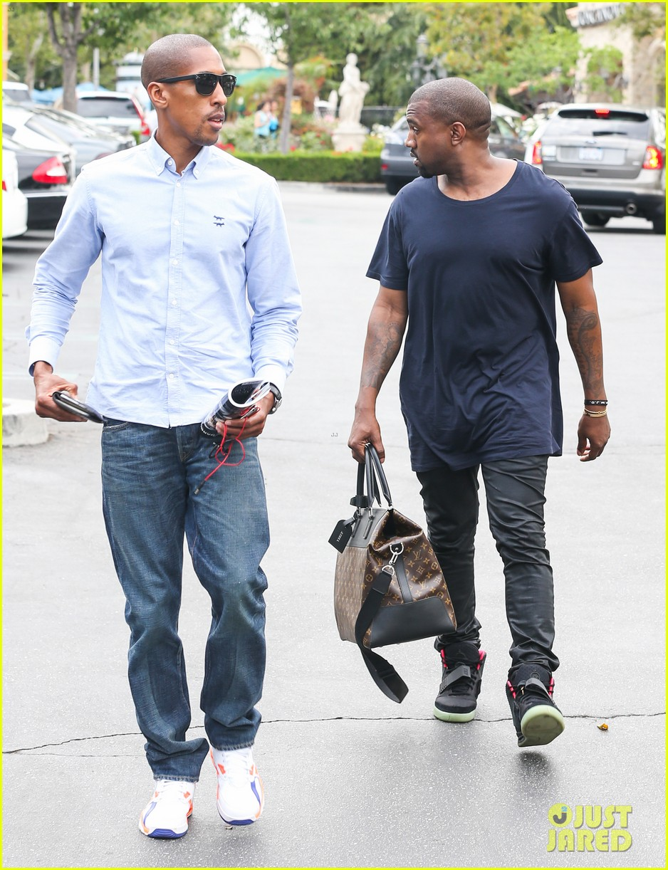 kanye west steps out solo after turning down north photo deal 032903343