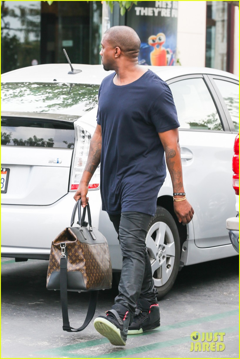 kanye west steps out solo after turning down north photo deal 062903346