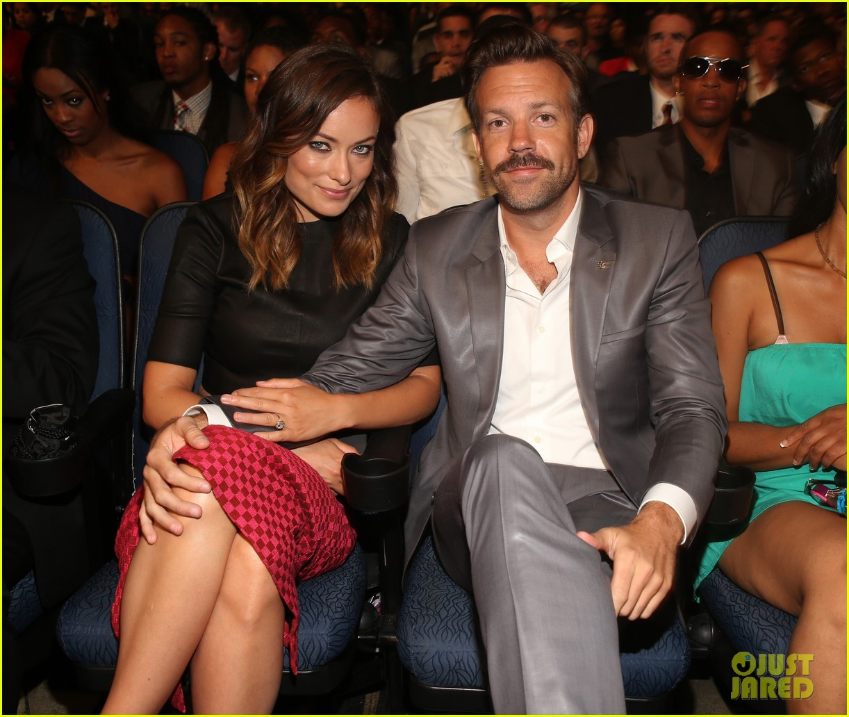 jason sudeikis olivia wilde has made out with more chicks than i have 052911191