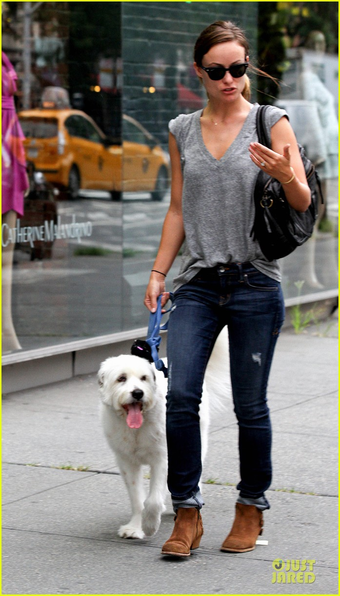 olivia wilde supports knicks jason sudeikis promotes were the millers 132915453
