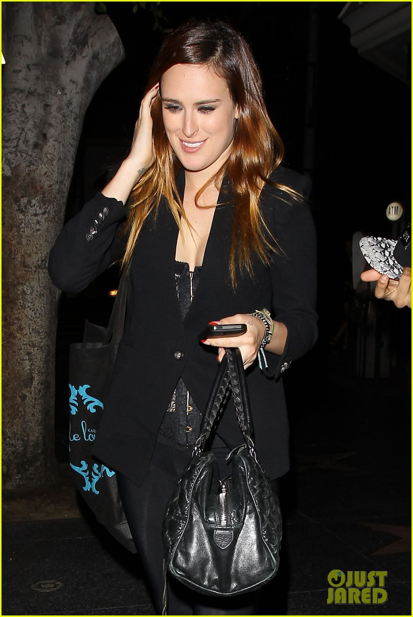 rumer willis performs at sayers club after pll guest spot 022920958